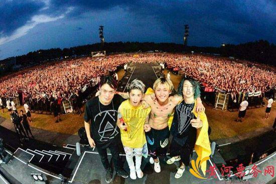 ONE OK ROCK演唱会