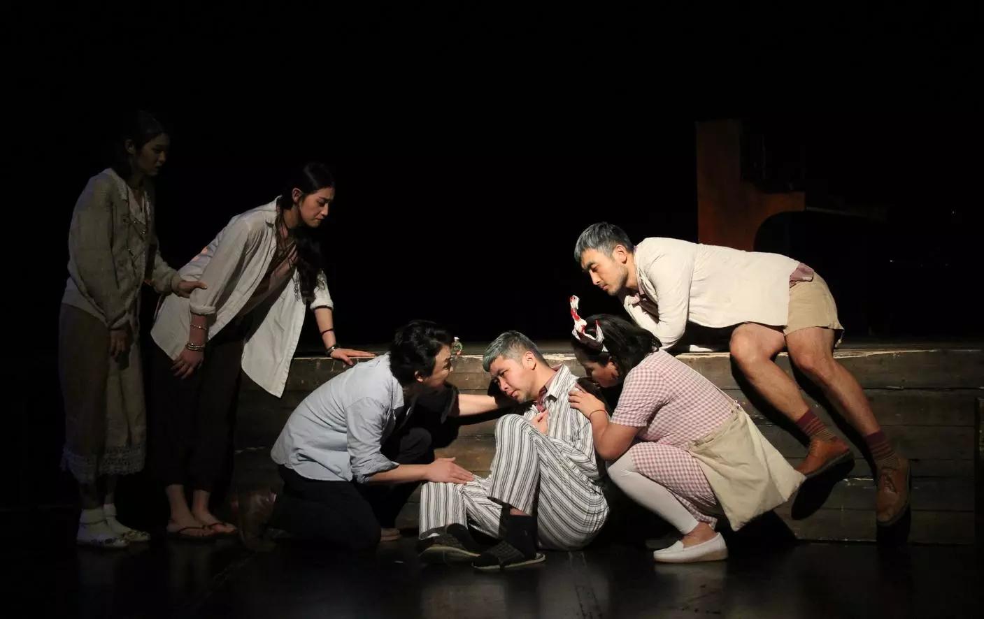 2021光纬戏剧荣誉出品-话剧《燃烧的疯人院》-上海站