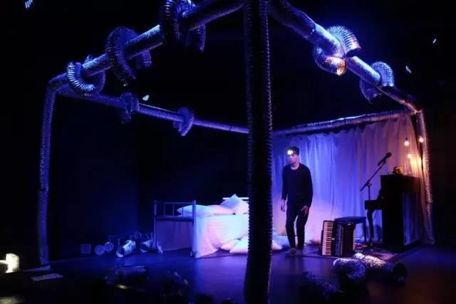 2021独角戏《一个男人一天中的10小时》银川站