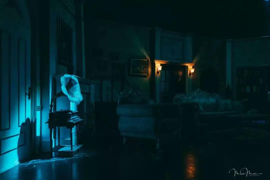 2021伦敦西区悬疑名剧《米歇尔的幽魂》-南宁站