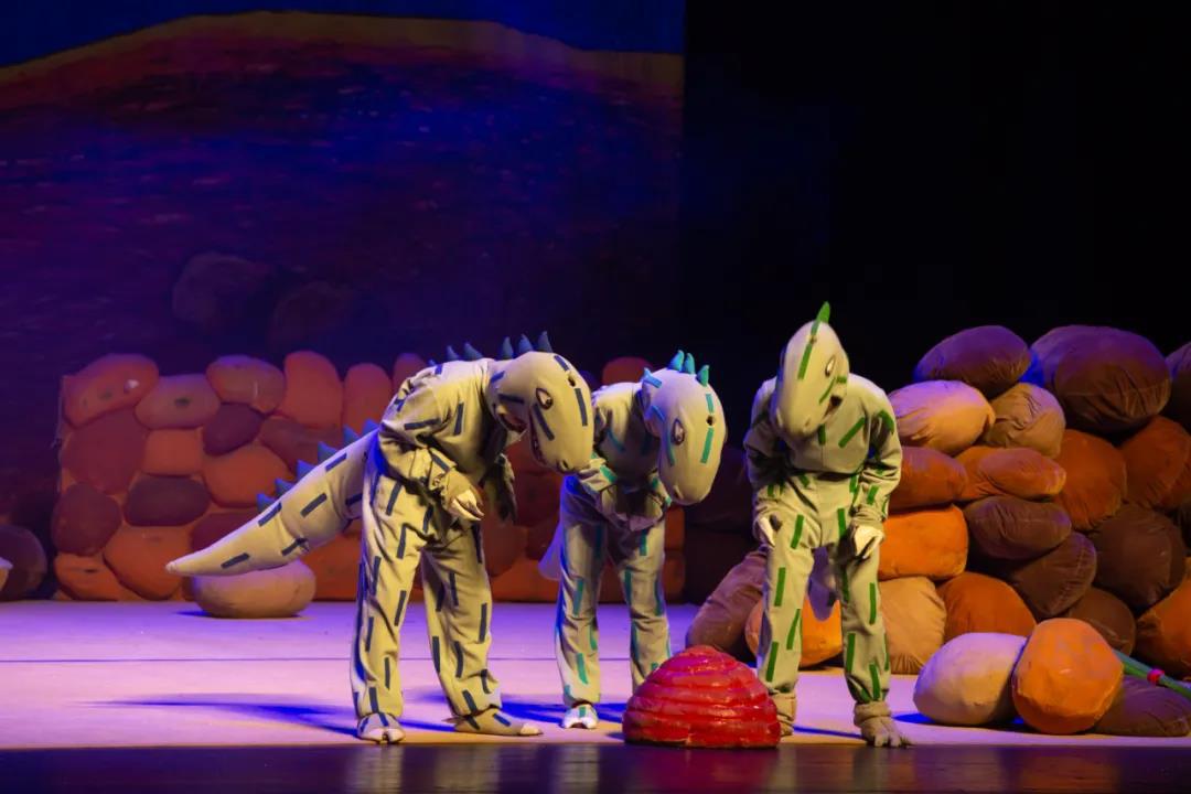 2021大型恐龙主题实景童话剧《你看起来好像很好吃》-昆明站