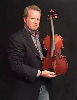 Brett Deubner南宁音乐会