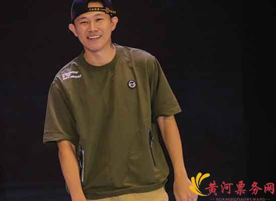 欧阳靖在北京演唱会
