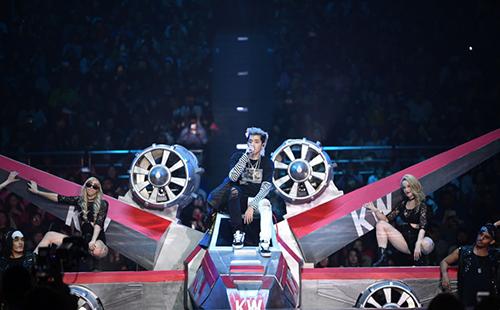 说·东·讲·西·2021-2022吴亦凡116·全国巡回演唱会-武汉站