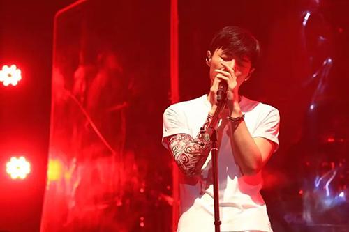 2021李荣浩【年少有为】世界巡回演唱会-西安站