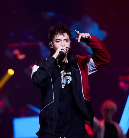 说·东·讲·西·2021-2022吴亦凡116·全国巡回演唱会-成都站