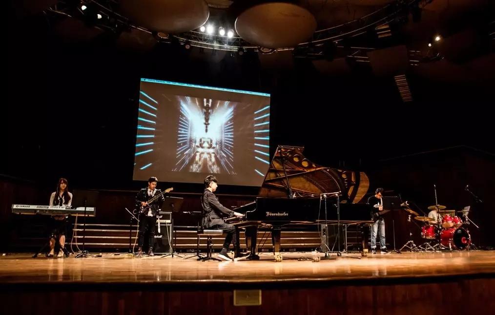 """2021""""钢琴诗人""""Pianoboy高至豪流行钢琴音乐会-广州站"""