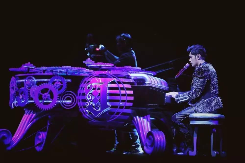 周杰伦2021全新世界巡回演唱会—香港站