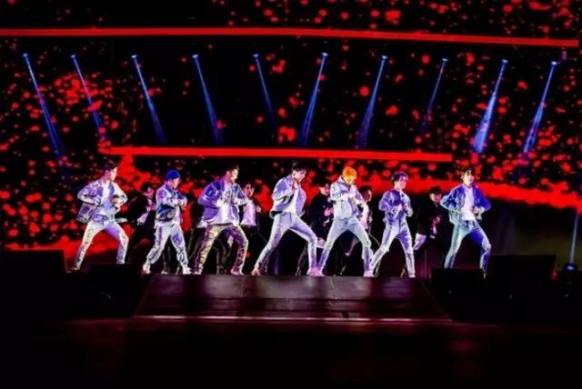 "2021 GOT7""KEEP SPINNING""世界巡回演唱会-澳门站"